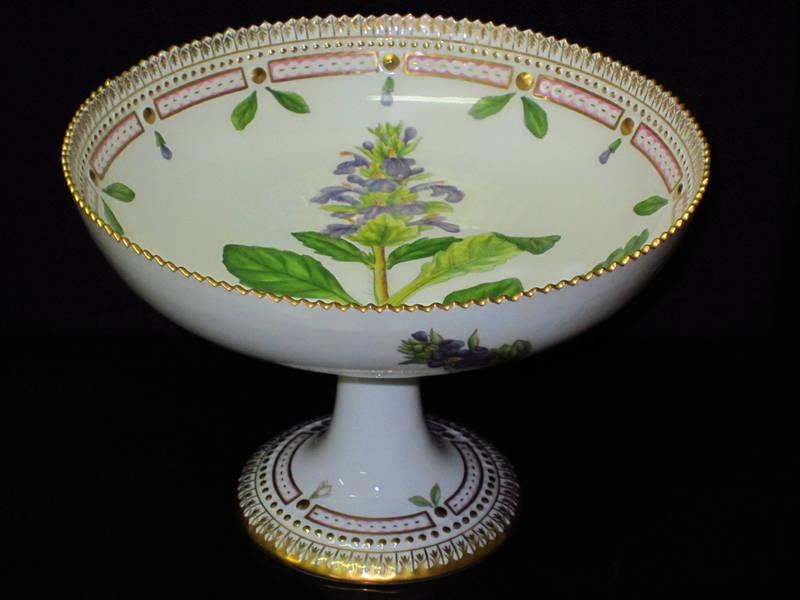 ankauf royal copenhagen flora danica suche flora danica porzellan. Black Bedroom Furniture Sets. Home Design Ideas