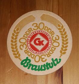 Braustolz 30 Jahre DDR BD Bierdeckel GK Karl - Marx - Stadt