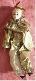 Harkelin-Puppe Teilporzellan , grün-gelblich bekleidet - ca.43 cm