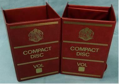 2 Stehsammler aus Kunststoff - faltbar - Compact Disc Vol