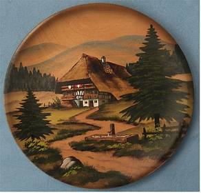 Wandteller aus Holz - Motiv : Schwarzwaldhaus - ca. 20 cm