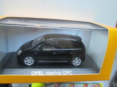 Opel Meriva OPC schwarz 1:43 von Minichamps