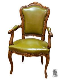 Eleganter Armlehnstuhl im Barock-Stil