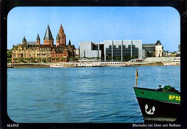 Mainz Rheinufer mit Dom und Rathaus