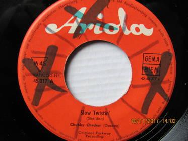 Chubby Checker – Slow Twistin' / La Paloma Twist