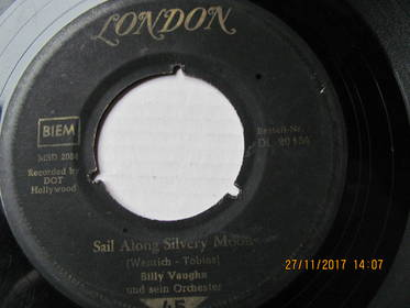 Orchester Billy Vaughn – Sail Along Silvery Moon