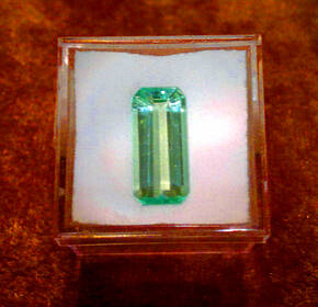 Sehr schöner grüner Kunzit (Hiddenit) im Oktagonschliff, 5,90 ct.