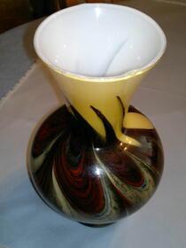 Wunderschöne antike Vase aus Florenz in Opalglas aus Sammlungsauf