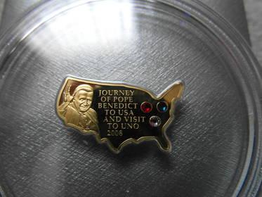 Goldmünze mit Swarovski - Kristallen, Papstbesuch in den USA 2008