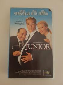 Junior (VHS)