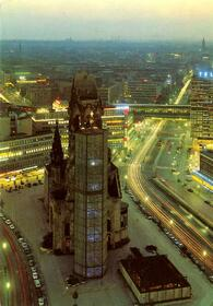 Berlin - Blick vom I-Punkt (Europa Center) auf die City