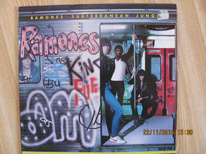 Ramones - Subterranean Jungle